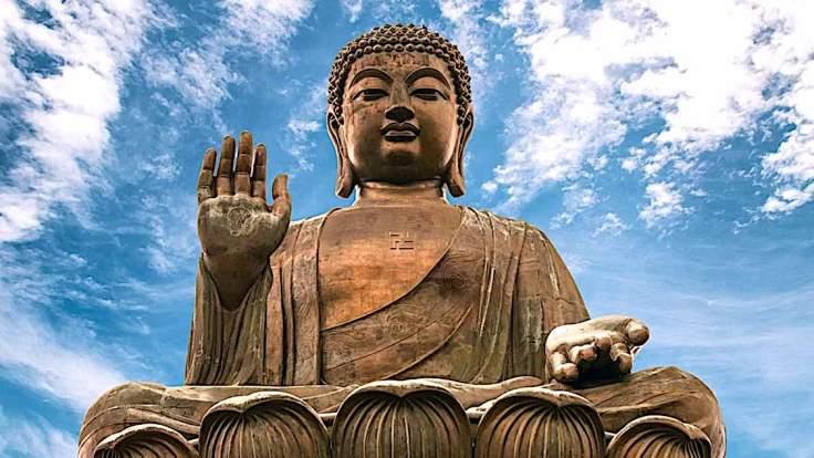 Buddha-Weekly-Amitabha-statue-blue-sky-Buddhism